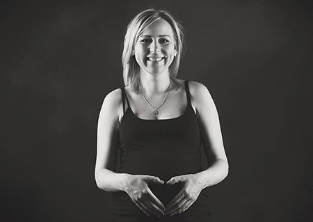 Fotografia ciążowa Konin, zdjęcia ciążowe Konin, Fotograf Konin, Zakład Fotograficzny Foto Sypniewski Konin